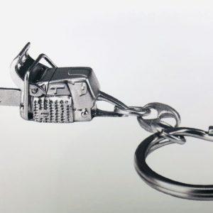 Porte-clefs tronçonneuse métal Stihl